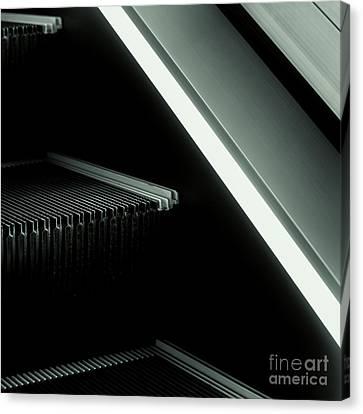 Escalator 04 Canvas Print by Noir Blanc