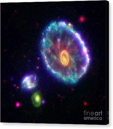 Eso 350-40 Cartwheel Galaxy Canvas Print by Science Source