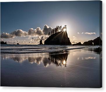 Evening At Second Beach Canvas Print by Leland D Howard