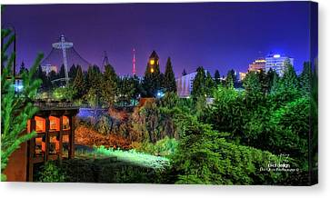 Evening Colors Canvas Print by Dan Quam