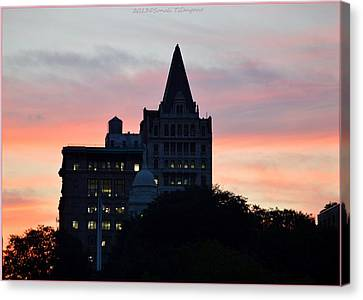 Evening In New York Canvas Print by Sonali Gangane