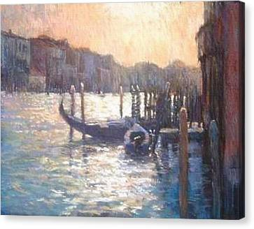 Evening Light On The Grand Canal Canvas Print by Jackie Simmonds