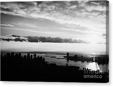 Evening Sunset View Of Lower Manhattan And Hudson River New York City Canvas Print by Joe Fox