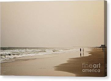 Evening Walk On Wrightsville Beach Canvas Print