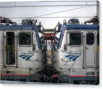 Face To Face On Amtrak Canvas Print by Richard Reeve