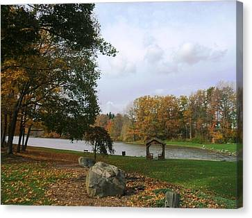 Fall At Green Lake Canvas Print by Suzanne Perry