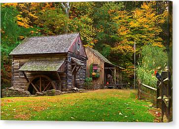 Fall Down On The Farm Canvas Print by William Jobes
