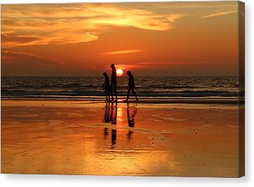 Family Reflections At Sunset - 1 Canvas Print