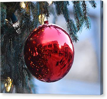 Faneuil Hall Christmas Tree Ornament Canvas Print by Toby McGuire