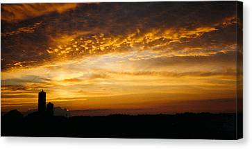 Canvas Print featuring the photograph Farm Sunset by Peg Toliver