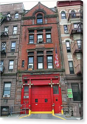 Fdny Engine 74 Firehouse Canvas Print by Steven Spak