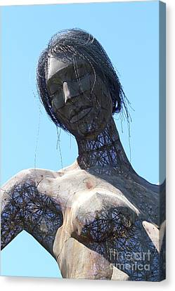 Female Sculpture On San Francisco Treasure Island 7d25444 Canvas Print by Wingsdomain Art and Photography