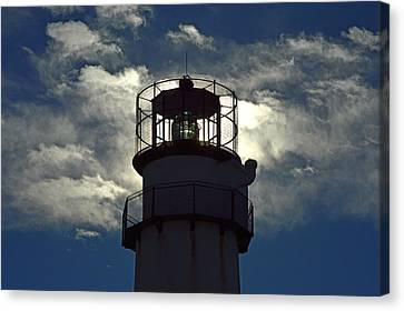Fenwick Island Lighthouse Fresnel Lens Canvas Print by Bill Swartwout