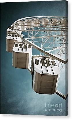 Ferris Wheel Canvas Print by Carlos Caetano
