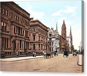 Fifth Avenue At Fifty First Street New York 1900 Canvas Print
