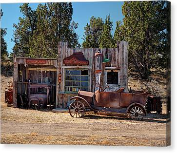 Fill Er Up Canvas Print by Leland D Howard