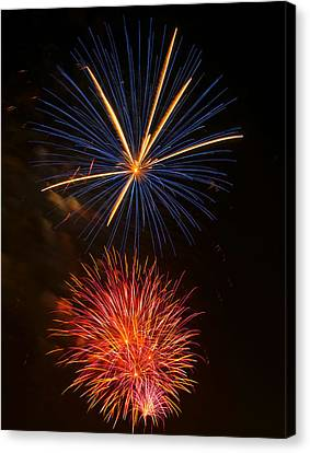 Fireworks 5 Canvas Print by Chris Flees