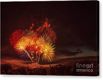 Fireworks Finale Canvas Print by Robert Bales