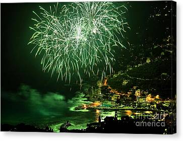 Canvas Print featuring the photograph Fireworks Hdr by Antonio Scarpi