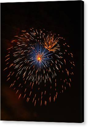 Fireworks1 Canvas Print by Chris Flees