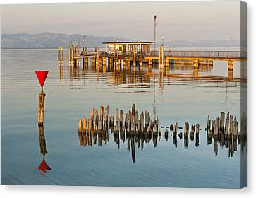 First Light At The Jetty Canvas Print by Holger Spiering