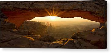 First Rays At Mesa Arch Canvas Print by Andrew Soundarajan