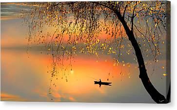 Fishing Sunset Canvas Print by Igor Zenin
