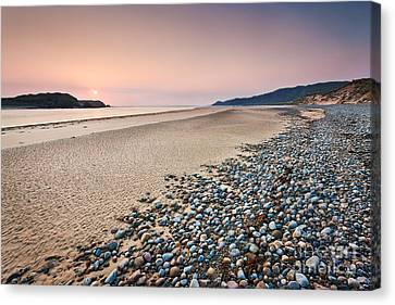 Five Finger Strand - Donegal - Ireland Canvas Print by Rod McLean