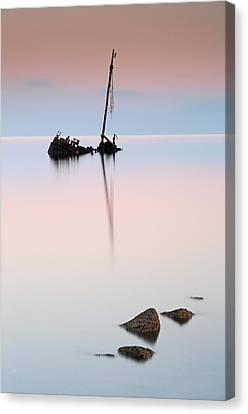 Flat Calm Shipwreck  Canvas Print by Grant Glendinning