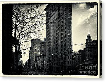 Flat Iron Building Fifth Avenue And Broadway Canvas Print by Sabine Jacobs