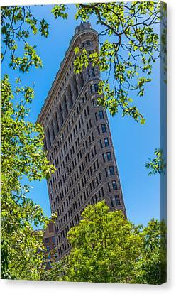 Canvas Print featuring the photograph Flatiron Building by Chris McKenna