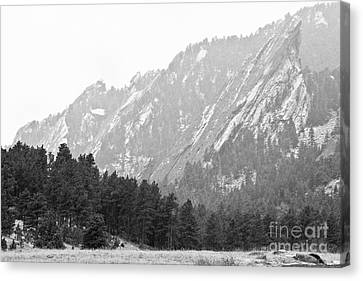 Flatiron In Black And White Boulder Colorado Canvas Print by James BO  Insogna