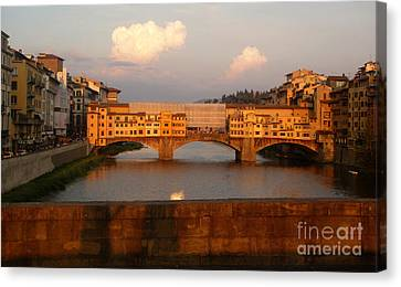 Florence Italy - Ponte Vecchio - Sunset - 01 Canvas Print by Gregory Dyer