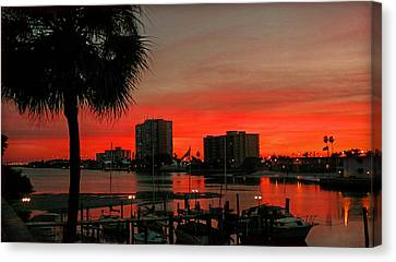 Canvas Print featuring the photograph Florida Sunset by Hanny Heim