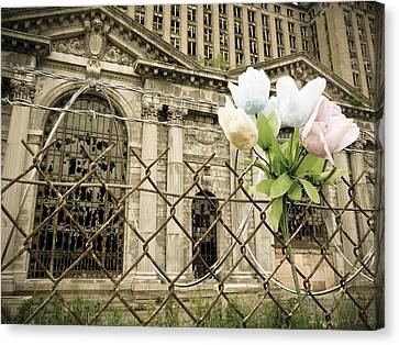 Flowers For Detroit Canvas Print