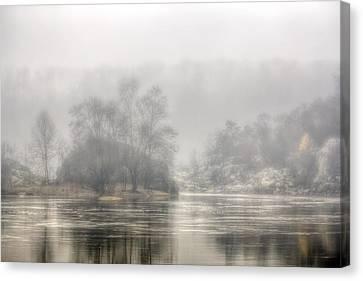 Foggy Morning On The Potomac Canvas Print