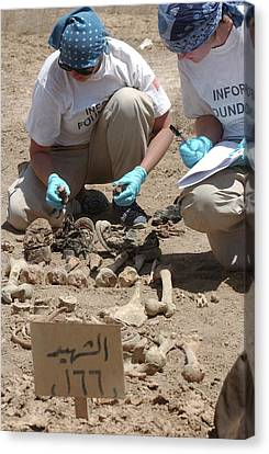 Iraq Canvas Print - Forensic Investigation by Us Army/william L Davis
