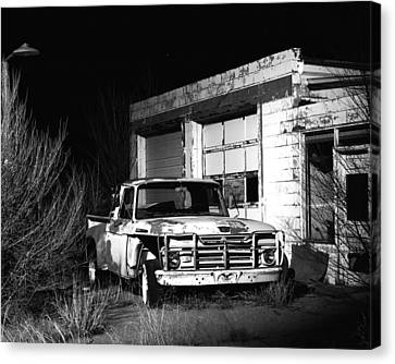 Canvas Print featuring the photograph Forgotten Ford by Christopher McKenzie