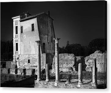 Foro Romano Canvas Print by Julian Cook