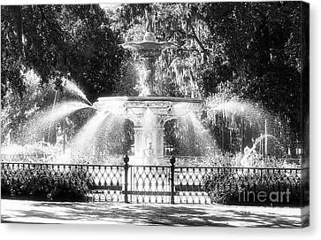 Forsyth Park Fountain Canvas Print by John Rizzuto