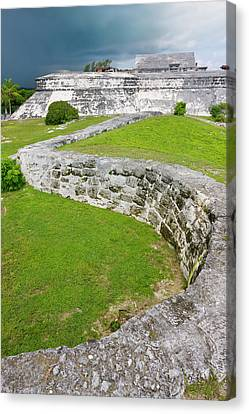 Fort Charlotte, Nassau, Bahamas Canvas Print by Keren Su