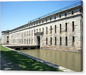 Fort Delaware Sally Port Entrance Canvas Print by Pamela Hyde Wilson