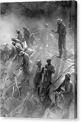 Fort Loudoun Dam, 1942 Canvas Print by Granger