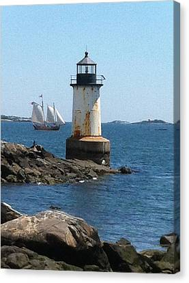 Canvas Print featuring the photograph Fort Pickering Light by Denyse Duhaime