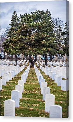 Fort Snelling National Cemetery Canvas Print by Paul Freidlund