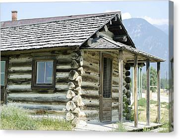 Canvas Print featuring the photograph Fort Steele Cabin by Margaret Buchanan
