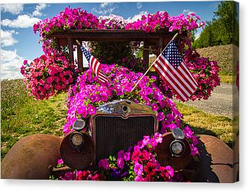Fourth Of July Color Canvas Print by Jean Noren
