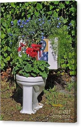 Fourth Of July Loo Canvas Print