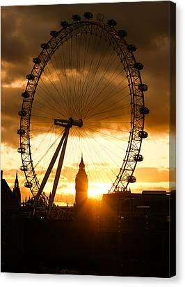 Framing The Sunset In London - The London Eye And Big Ben  Canvas Print by Georgia Mizuleva