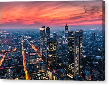 Frankfurt 04 Canvas Print by Tom Uhlenberg